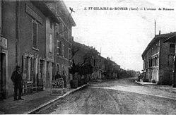 Saint-Hilaire-du-Rosier, l'avenue de Romans, vers 1930, p203 de L'Isère les 533 communes.jpg