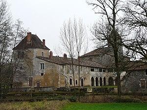Saint-Jean-de-Côle - Image: Saint Jean de Côle prieuré (1)
