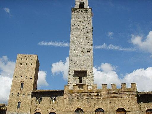 San gimignano, Piazza Duomo, torre La Rognosa