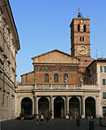 Santa Maria in Trastevere front.jpg