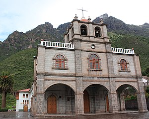San Salvador District - The mountain Pachatusan above the sanctuary Señor de Huanca, San Salvador, both declared a National Cultural Heritage