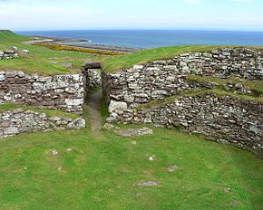 Scotland Carn Liath Broch 3.jpg