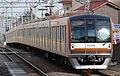 Seibu ikebukuro line tokyo Metro 10000 kei.JPG