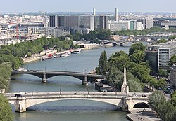 Seine River from the Notre-Dame de Paris, 18 June 2014.jpg