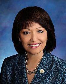 Senatspräsidentin Donna Mercado Kim.jpg