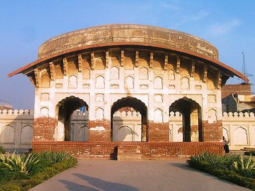 Shalimar Gardens, Nigar Khana