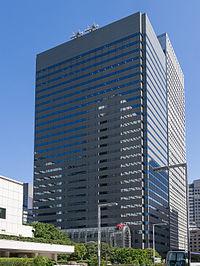Shinjuku-Monolith-Building-02.jpg
