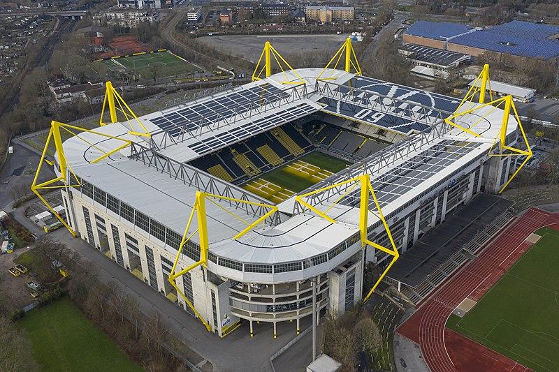 Archivo:Signal iduna park stadium dortmund 6.jpg