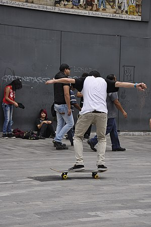 Flip trick - Image: Skateboarding at Mexico City Flip 123
