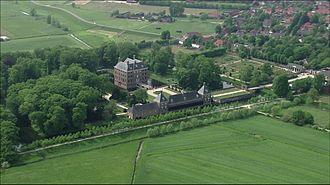 Amerongen Castle - Image: Slot Amerongen Film Still 2