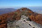 Sninský kameň v jeseni 002.jpg