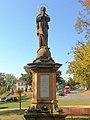 Socha Panny Marie na Náměstí Bedřicha Hrozného v Lysé nad Labem.jpg