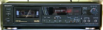 Dolby noise-reduction system - Image: Sony TC RX55 cassette deck
