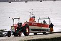 Sortie de l' eau du canot de pêche Ti Redoutable (1).JPG