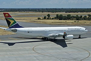 South African Airways Airbus A340-200 PER Koch-1.jpg