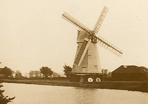 South Ockendon Windmill - Image: South Ockendon 1900