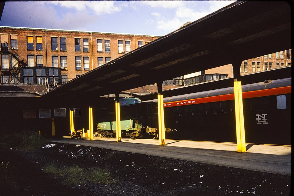 South Station Boston, terminal building and unused platforms, 1970