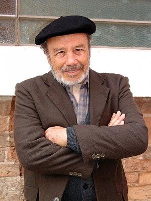 O ator brasileiro, Stênio Garcia, cujo último papel na TV foi na novela Salve Jorge, da Rede Globo, além da alegria, tem outros segredos de bem viver (Foto: Wikipédia/Savaman© - Flickr)