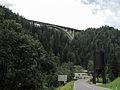 Stafflach, straatzicht met viadukt en silo foto1 2012-08-10 12.59.jpg
