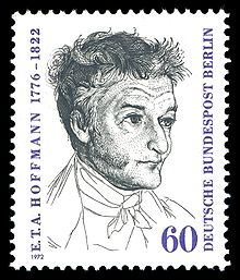 Timbre à l'effigie d'Hoffmann (1972). Le portrait de l'écrivain en noir et blanc occupe tout le centre du timbre. L'auteur a les cheveux ébouriffés et est imberbe. Il regarde sur la droite. Sur le côté gauche est écrit, de bas en haut: «E.T.A Hoffman, 1776-1822» et sur le côté droit: «Deutsch Bundepost Berlin». En bas à droite est indiqué le montant du timbre: «60» pfennigs.