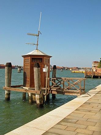 Acqua alta - The reference hydrographic station at Punta della Salute.