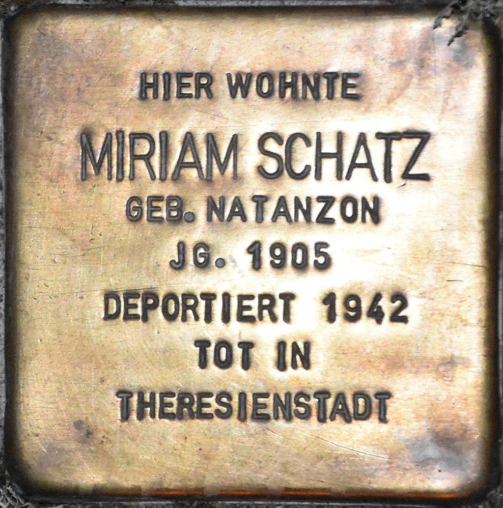 Stolperstein Güstrow Krönchenhagen 13 Schatz Miriam