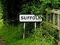 Suffolk Border sign (geograph 4035937).jpg