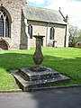 Sundial, St Peter's Church, Bromyard - geograph.org.uk - 807133.jpg