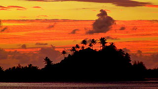 Sunrise over Marara Beach and Motu, Bora Bora, French Polynesia, 3 July, 2012.JPG