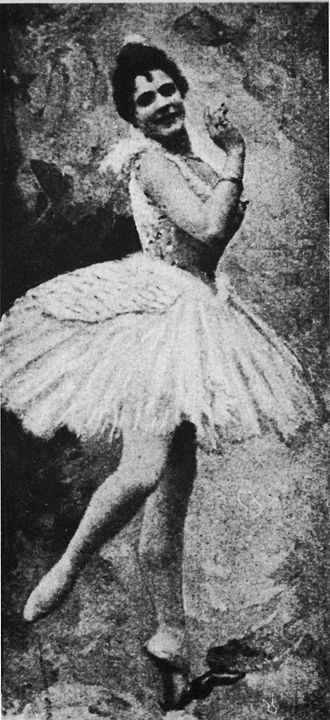 Swan Lake - Pierina Legnani as Odette (1895)