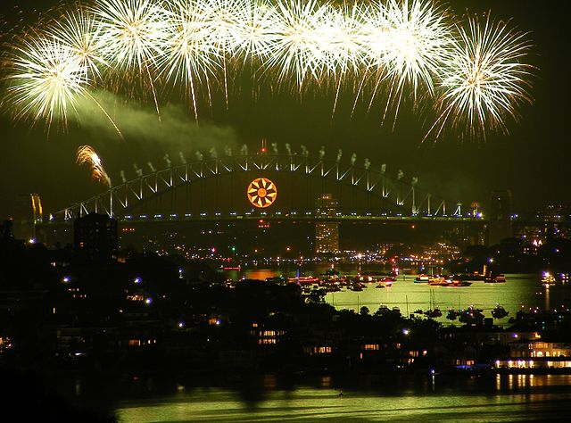 New Year's Eve Fireworks by https://commons.wikimedia.org/wiki/User:Adam.J.W.C. via https://en.wikipedia.org/wiki/File:Sydney_new_years_2008-9.JPG