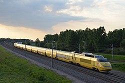 TGV Sud-Est Postal - Bifurcation de Crisenoy.JPG