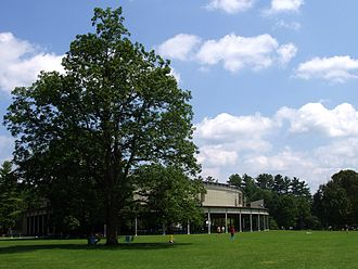 Tanglewood - Tanglewood Music Shed and lawn