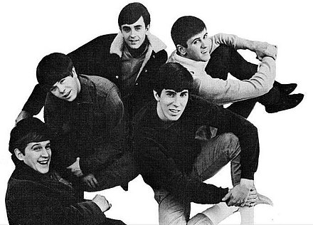 The Kingsmen in 1966. Clockwise from lower left: Lynn Easton, J.C. Rieck, Kerry Magness, Mike Mitchell, Dick Peterson The Kingsmen 1966.jpg