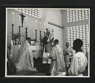 Community of the Resurrection - Trevor Huddleston as Bishop of Masasi