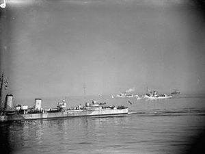 HMCS Orillia - HMCS Orillia, in right background, with C4 Escort Group off the coast of Northern Ireland