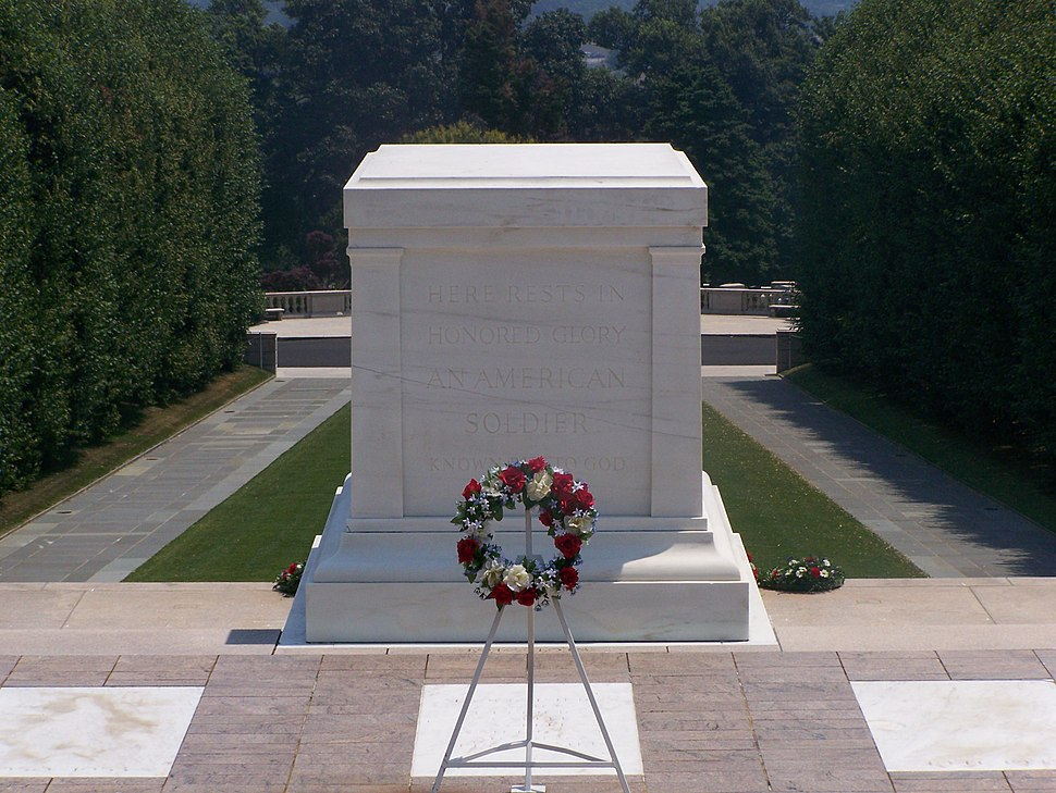 Tomb of the Unknowns crack