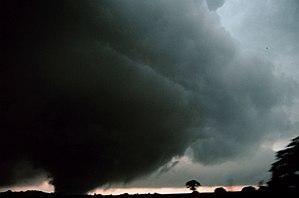1999 Oklahoma tornado outbreak - Tornado near Minco.