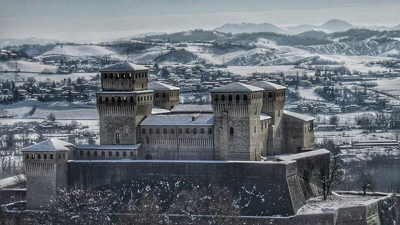 Torrechiara Castello-Langhirano-PR-.jpg