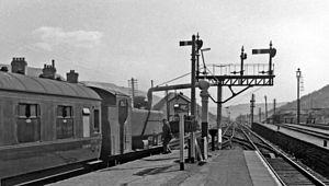 Treherbert railway station - Image: Treherbert station, with train from Swansea geograph 2574185 by Ben Brooksbank
