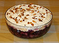 Trifle made in Derby, England IMG 5098.jpg