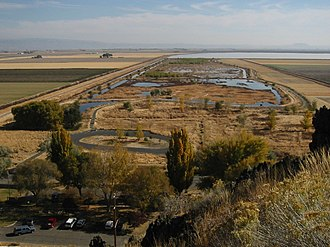 Tule Lake National Wildlife Refuge - Image: Tule Lake NWR 8200t
