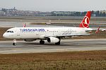 Turkish Airlines, TC-JSL, Airbus A321-231 (31817351022).jpg