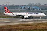 Turkish Airlines, TC-JTO, Airbus A321-231 (25083827147).jpg