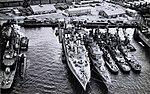 USS Prairie (AD-15) with destroyers at Yokosuka 1963.jpg