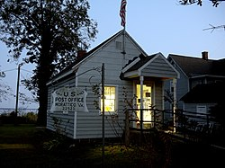 US Post Office, Morattico, VA (5098961452).jpg