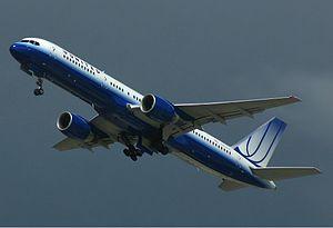 United Airlines Boeing 757 Spijkers.jpg