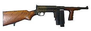 Jungle style (firearm magazines) - Image: United Defence M42