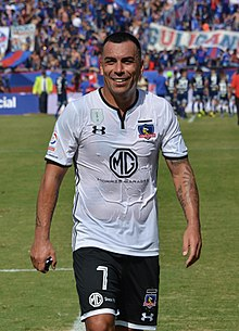 Universidad de Chile - Colo-Colo, 2018-04-15 - Esteban Paredes.jpg
