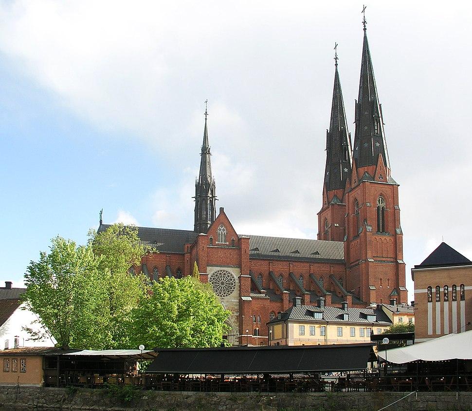 Uppsala domkyrka view01sml